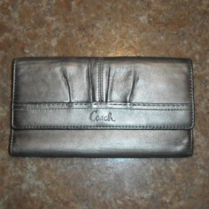 Coach Wallet Silver Platinum Leather Gently Used!